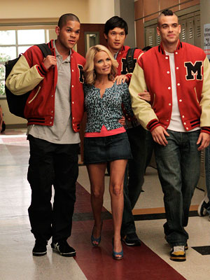 Glee, Kristin Chenoweth   4. KRISTIN CHENOWETH As former McKinley queen bee April Rhodes, Chenoweth brought immense likability to the pint-size fallen diva who is partial to daytime wine…