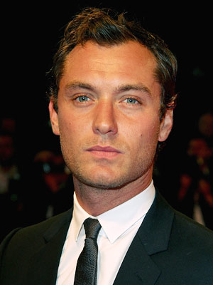 Jude Law | JUDE LAW Behind his Old Hollywood prettiness lurks a wolfish glint and playful willingness to go ugly. He'll never be confused for an Everyman, but…