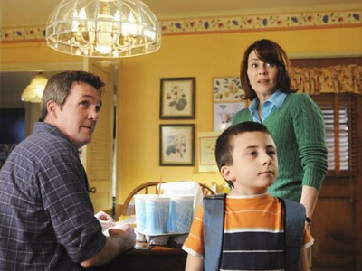 The Middle, Patricia Heaton | Wacky in a confident way, sure of its tone of genial cynicism, The Middle radiates with the brightness of Patricia Heaton and her co-stars. B+
