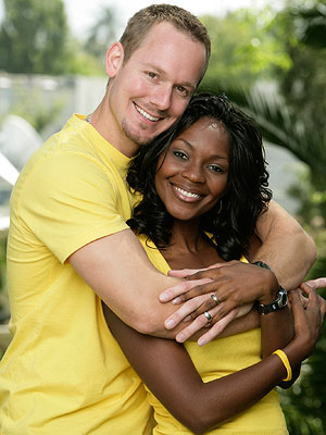 The Amazing Race | Former Miss America Ericka's arms were not exactly made for pulling herself along a high wire but she stepped up and kept it moving