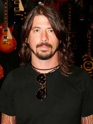 Dave Grohl, New Fang, ...   '' NEW FANG ,'' Them Crooked Vultures Supergroups are rarely just that, but TCV — with Dave Grohl, Josh Homme, and John Paul Jones —…