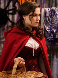 Anna Paquin   TRICK 'R TREAT Forget vampires, Anna Paquin is just trying to avoid the Big Bad Wolf
