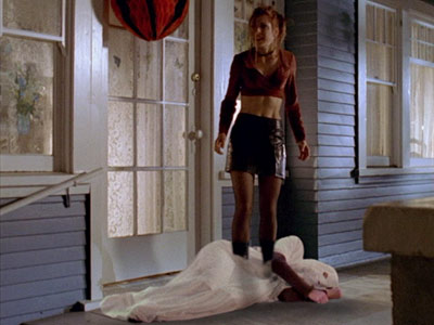 Buffy the Vampire Slayer | 11. BUFFY THE VAMPIRE SLAYER ''Halloween'' (1997) Sure, the costume shopkeeper seems creepy now . But when Buffy (Sarah Michelle Geller), Willow (Alyson Hannigan), and…