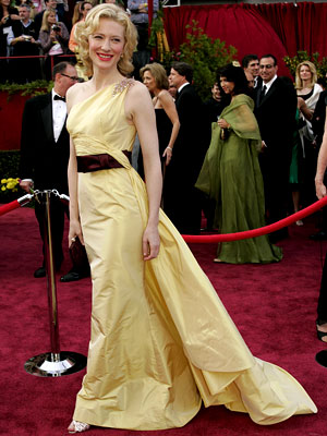 Cate Blanchett | Cate Blanchett at the Oscars (2005) She's had many, many red carpet triumphs, but the surprising combination of pale yellow and burgundy accents makes this…