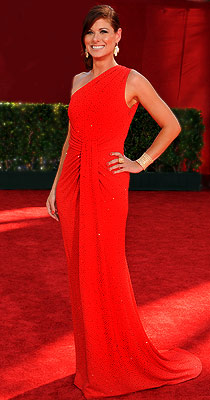 Debra Messing | DEBRA MESSING (Emmy Awards '09) Red can be a difficult color to pull off on the red carpet, because one can become obfuscated. This sublime…
