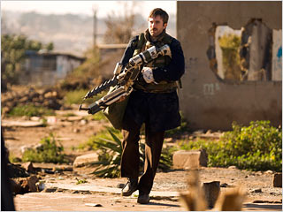 District 9 | DISTRICT 9 You really don't want to mess with Sharlto Copley