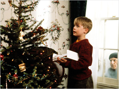 Home Alone, Macaulay Culkin | Home Alone 1&2 are my ''new'' Christmas classics. — Allie