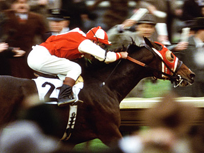 Seabiscuit | SEABISCUIT (2003) Tobey Maguire stars in the true story of how a too-small racehorse ended up going the distance and bringing hope to millions of…