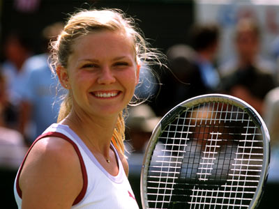 Wimbledon, Kirsten Dunst | WIMBLEDON (2004) The Kirsten Dunst-Paul Bettany romantic comedy — about a washed-up tennis star who romances a young up-and-comer — might be fluff, but it…