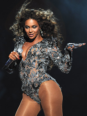Beyonce Knowles   BEST CONTEMPORARY R&B ALBUM Will win AND should win: Beyoncé's I Am...Sasha Fierce Is there really any question? We anticipate a relatively easy victory for…