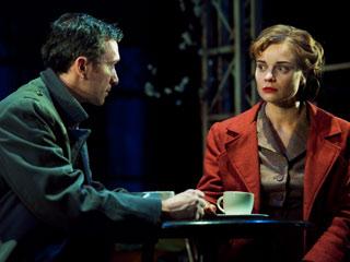 Hannah Yelland and Tristan Sturrock in Brief Encounter