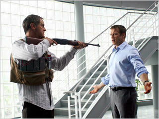 Human Target | ON TARGET Christopher Chance (Mark Valley) plays a private contractor hired to protect his clients from dangerous and imminent threats in Fox's new comic book-based…