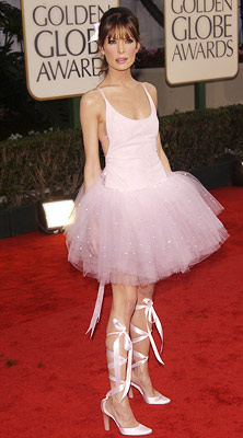 Lara Flynn Boyle | Lara Flynn Boyle in 2003 The Practice star certainly was a tiny dancer in this straight-from-Swan-Lake getup.