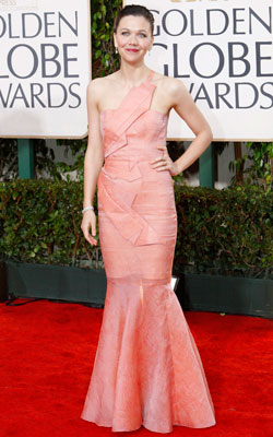 Golden Globe Awards 2010   MAGGIE GYLLENHAAL What do you think of this look? ( polls )