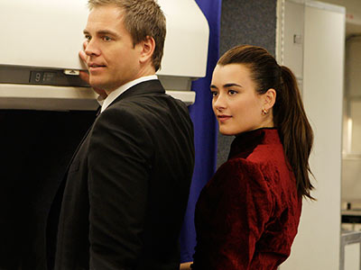 NCIS | NCIS : Tiva tension + dirty talk with Gibbs + a plane plot = episode we'll enjoy watching in USA marathons Tony and Ziva went…
