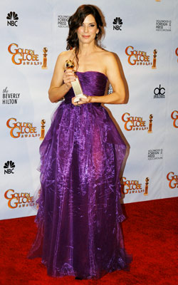 Golden Globe Awards 2010 | SANDRA BULLOCK It's only fitting that 2009?s box office queen picked royal purple for the night. Unfortunately the cheap-looking fabric took away from what would…