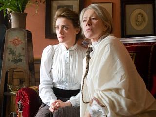 Helen Mirren, Anne-Marie Duff, ...