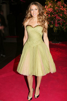Sarah Jessica Parker   Sarah Jessica Parker at the London premiere of the Sex and the City movie, May 2008 For red carpet events, Parker frequently chose McQueen designs,…