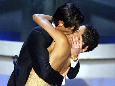Oscars 2003, Adrien Brody, ... | ADRIEN BRODY and HALLE BERRY at the 2003 Academy Awards ''I HATED that kiss! Just because a woman is pretty and you?re a horny movie…