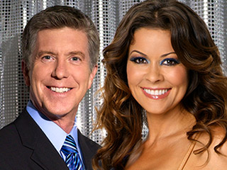 dancing-with-the-stars-hosts