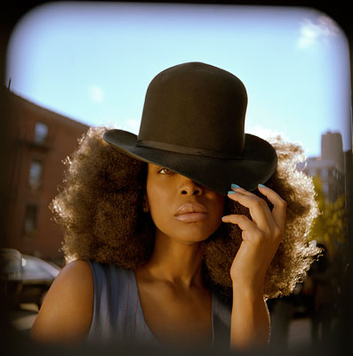 Erykah Badu   NEW AMERYKAH PART TWO: RETURN OF THE ANKH , Erykah Badu It's been over two years since Part One, but Badu smoothly slinks back into…