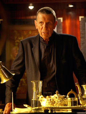 Leonard Nimoy, Fringe | Fringe : Olivia eats worms, Leonard Nimoy rings a Bell While Walter was puttering around with Rebecca, Peter struck a bell — and immediately Olivia,…