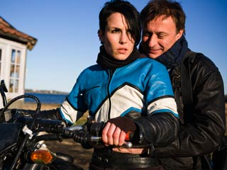 The Girl With the Dragon Tattoo | RIDEALONG Noomi Rapace and Michael Nyqvist in The Girl with the Dragon Tattoo