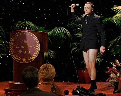 The Big Bang Theory, Jim Parsons   Big Bang Theory recap: Sheldon wins award, loses pants Yay for silly outfits on Sheldon — although, let's be honest, we all wanted a bunch…