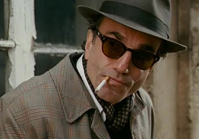 Nine, Daniel Day-Lewis | DANIEL DAY-LEWIS' SUNGLASSES FROM NINE Daniel Day-Lewis' character Guido Contini might be battling a mid-life crisis in Nine , but there's nothing dated about the…
