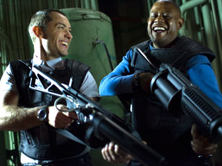 Repo Men | BOYS AND THEIR TOYS Jude Law and Forest Whitaker laugh it up in Repo Men