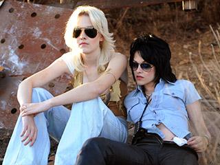 Dakota Fanning, Kristen Stewart