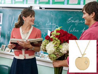 Valentine's Day, Ashton Kutcher, ... | JENNIFER GARNER'S NECKLACE FROM VALENTINE'S DAY Garner was playing a schoolteacher, so it's only fitting that she wore Lizzie Scheck's 14k gold apple charm necklace,…
