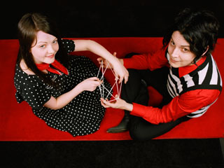 The White Stripes, Under the Great White Northern Lights | PRICKLY THORN, BUT SWEETLY WORN The White Stripes