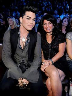 Adam-Lambert-mom