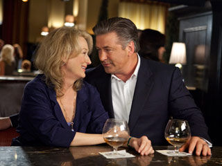 Alec Baldwin, Meryl Streep, ... | THE EX FACTOR Meryl Streep cozies up to Alec Baldwin, her former husband, in It's Complicated