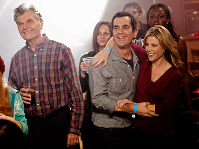 Modern Family, Fred Willard, ... | Modern Family recap: I'm with the band Even though this won't go down as one of Modern Family 's best episodes, there's no denying the…