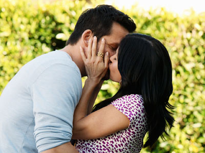 Cougar Town   COUGAR TOWN finale ABC's sex- and wine-infused sitcom has demonstrated it has just as much heart as it does quick wit. Both are on full…