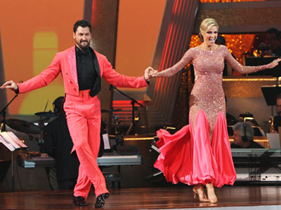 Dancing With the Stars | ERIN ANDREWS AND MAKSIM CHMERKOVSKIY: QUICKSTEP Tom and Brooke kept mentioning ''salmon,'' but I'm pretty sure Maks and Erin's competing hues don't occur in nature.