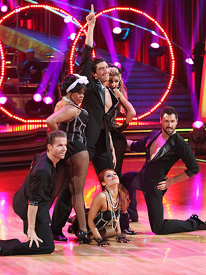 Dancing With the Stars | TEAM MADONNA: CHA CHA CHALLENGE Shockingly, it took until a few seconds before the final pose for the demure white frocks to give way to…