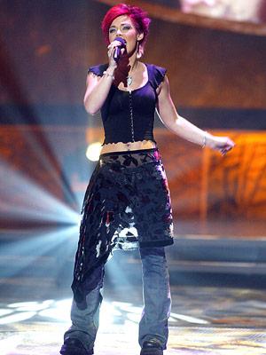 American Idol, Nikki McKibbin | 11. NIKKI MCKIBBIN, ''Always Something There to Remind Me'' (Season 1) It seems too easy to take another swing at season 1's perennial punching bag,…