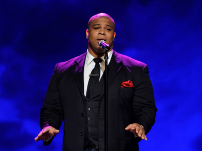 American Idol | ''THIS WOMAN'S WORK'' Michael Lynche Semifinals (Top 16) No doubt about it: Big Mike surged to an early leadership position by singing in tune and…