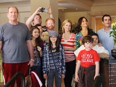 Modern Family, Julie Bowen, ... | The nominees for Best Comedy Series will be... Modern Family Glee 30 Rock The Office Family Guy Entourage More Emmy Awards 2010 from the Ausiello…