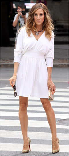 Sex and the City 2, Sarah Jessica Parker | When Carrie breezes back onto the screen in this perfect white Halston and heels, we're ready to get carried away once again.
