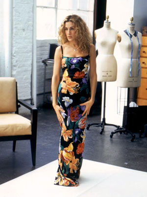 Sarah Jessica Parker, Sex and the City | We likey the gorgeous gown Carrie was originally going to wear on the runway at season 4's fashion show, before she got stuck with that…