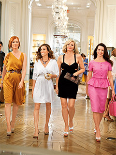 Sex and the City 2, Sarah Jessica Parker | IN THE LAND OF WOMEN Cynthia Nixon, Sarah Jessica Parker, Kim Cattrall, and Kristin Davis in Sex and the City 2