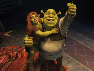 Mike Myers, Cameron Diaz, ... | CHAINS OF LOVE Fiona and Shrek in Shrek Forever After
