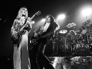 FLY BY NIGHT Alex Lifeson and Geddy Lee in Rush: Beyond the Lighted Stage