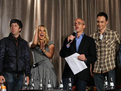 The Big Bang Theory | SIMON HELBERG, KALEY CUOCO, ENTERTAINMENT WEEKLY MANAGING EDITOR JESS CAGLE, AND JIM PARSONS, The Big Bang Theory