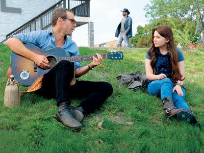 Abigail Breslin, Alessandro Nivola | The indie drama Janie Jones , which debuts at the Toronto International Film Festival Sept. 17, stars Little Miss Sunshine 's Abigail Breslin as a…