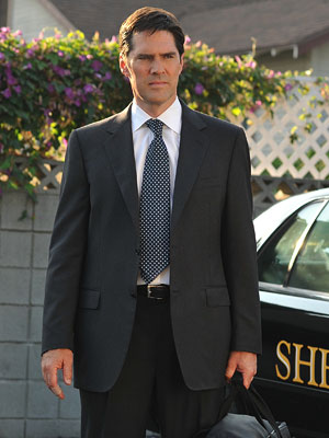 Thomas Gibson, Criminal Minds | THOMAS GIBSON as Aaron Hotchner on Criminal Minds ''Hotch'' may be so tightly wound that his tie seems more like an appendage than an article…
